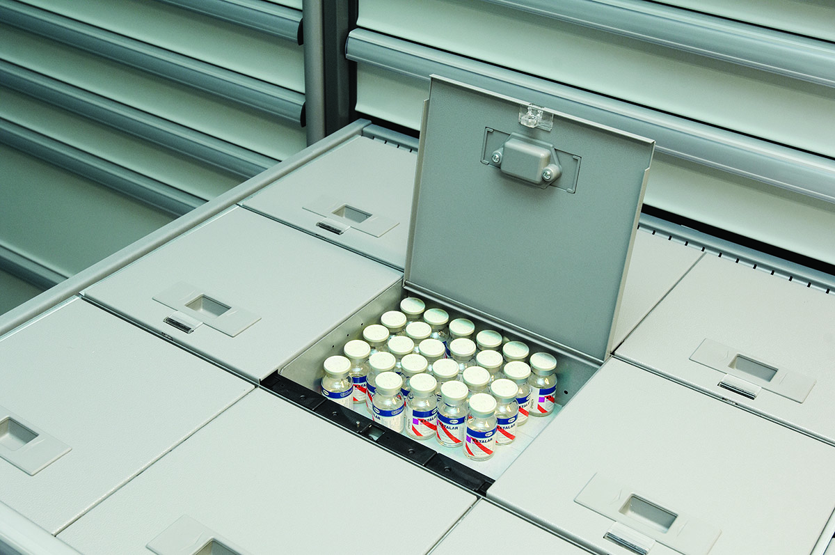 medDispense Automated Dispensing Cabinet L series drawer compartments